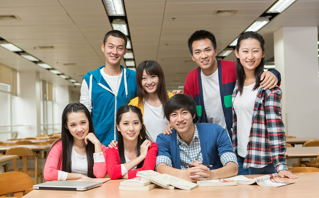 自考指导中心志愿者阳光小组的成员